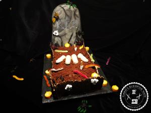 Halloween Kuchen – Grabstein Motivtorte